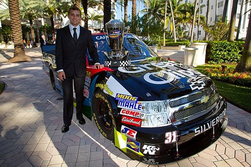 2012 NASCAR Truck Series champion James Buescher to make return