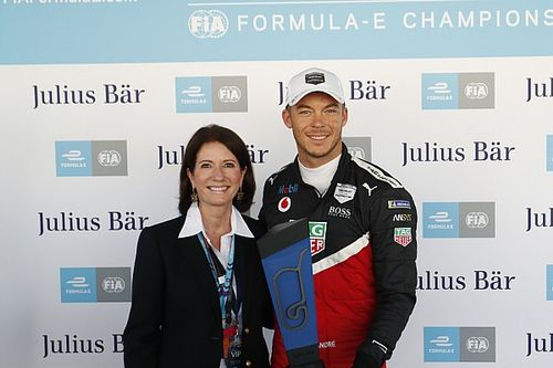 Mexico City E-Prix: Lotterer scores Porsche's first pole