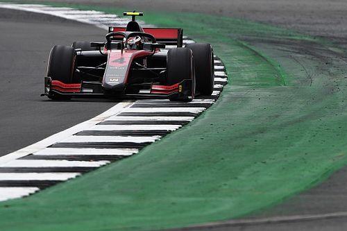 F2: Ilott consegue pole em Silverstone; Drugovich é o melhor brasileiro do grid em 12º
