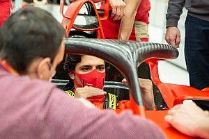 ساينز سيقود سيارة فيراري للمرّة الأولى في فيورانو