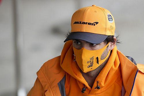 """Sainz appoggia Elkann: """"2022 opportunità per la Ferrari"""""""