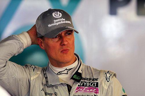 """F1: Ex-mulher de Briatore diz que Schumacher """"só se comunica com os olhos"""""""