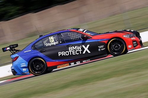 Brands Hatch BTCC: BMW's Oliphant beats Sutton for maiden win