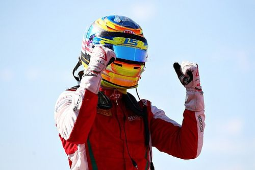Barcelona F3: Sargeant scores third pole in a row