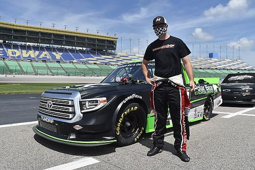 NASCAR Truck driver Spencer Davis tests positive for COVID-19