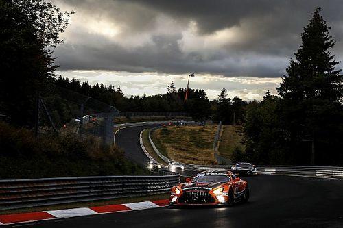 """24h Nürburgring 2020: """"Drying Wet"""" bringt Maro Engel die Pole ein"""