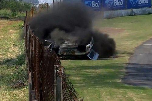 VÍDEO: Piloto sai ileso de capotagem 'feia' na Copa HB20 em Londrina