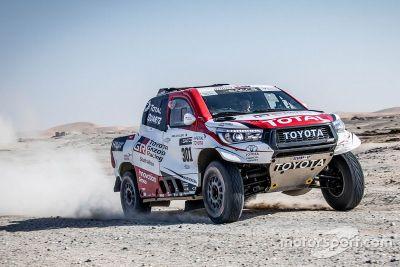 Testes de Alonso com Toyota no Namíbia