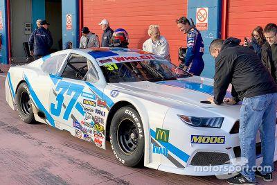 Villeneuve testet NASCAR Euro