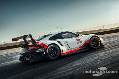 2017 Porsche 911 RSR tanıtımı