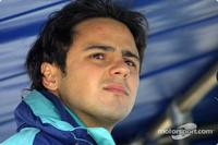 Massa & Firman fight for Jordan