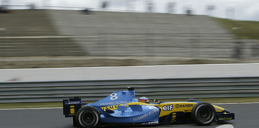 Alonso takes unexpected pole for French GP