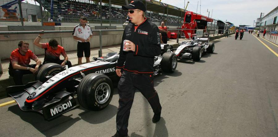 McLaren fastest in European GP final practice