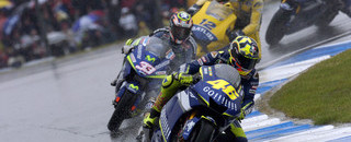 MotoGP Rossi takes Donington in appalling conditions
