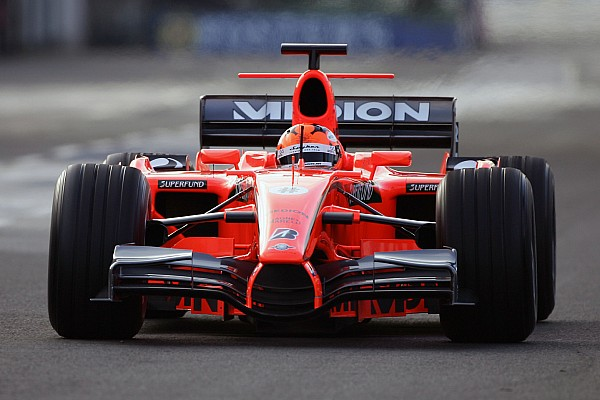 Fotostrecke: Formel-1-Autos in Orange