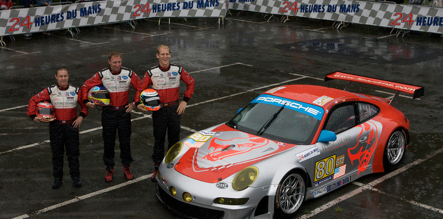 Porsche wages battle in GT2