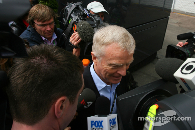 Political crisis over, Mosley to step down