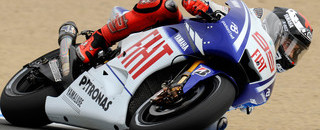 MotoGP Lorenzo crashes but takes Laguna Seca pole