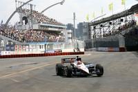 Power returns with Sao Paulo victory