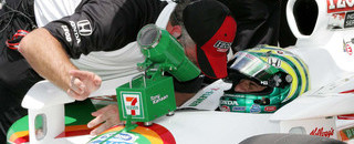 IndyCar Kanaan makes his way into Indy field in final hour