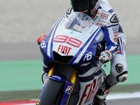 Lorenzo dominates at TT Assen, earns pole