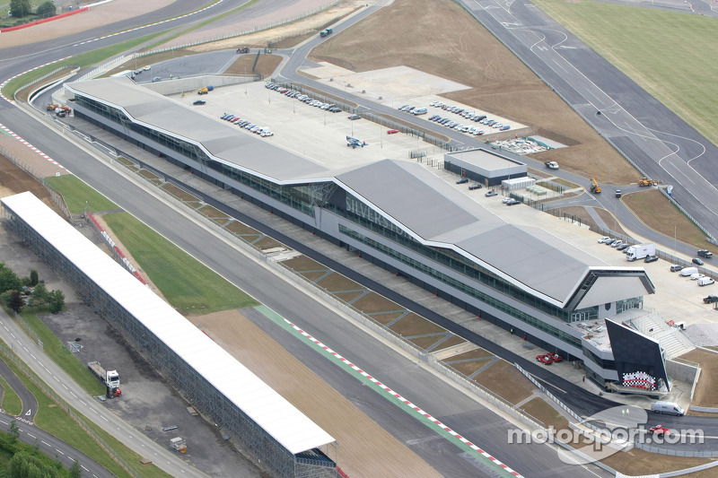 New Silverstone Wing Complex Opened For Racing Season
