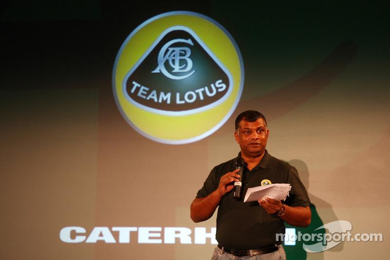 Fernandes hints at name tweak for Team Lotus