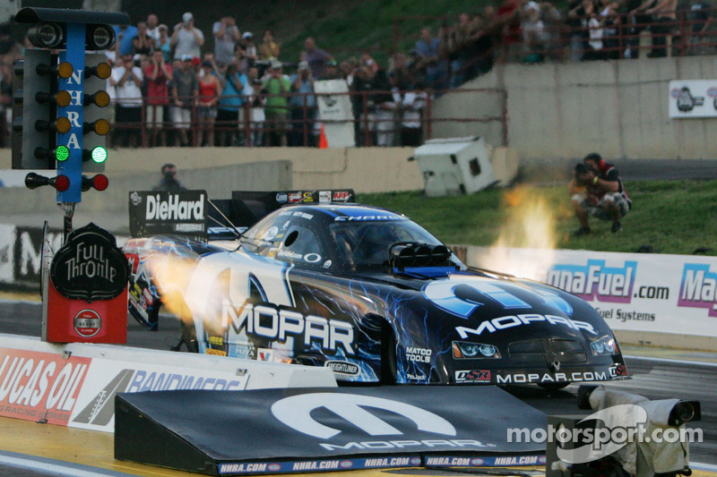 Matt Hagan wants to stay on top at Maple Grove