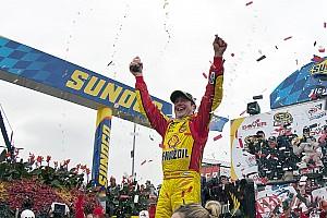 NASCAR Cup Kurt Busch  takes the Dover 300 win