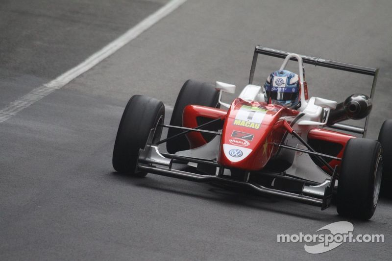 Wittmann wins qualification race at Macau GP