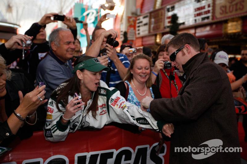 Dale Earnhardt Jr. wins 2012 Most Popular Driver award