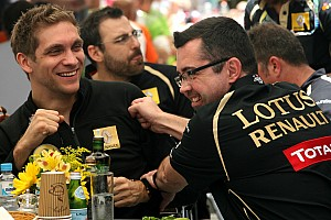 Formula 1 Lotus says losing seat vital 'shock' for Petrov