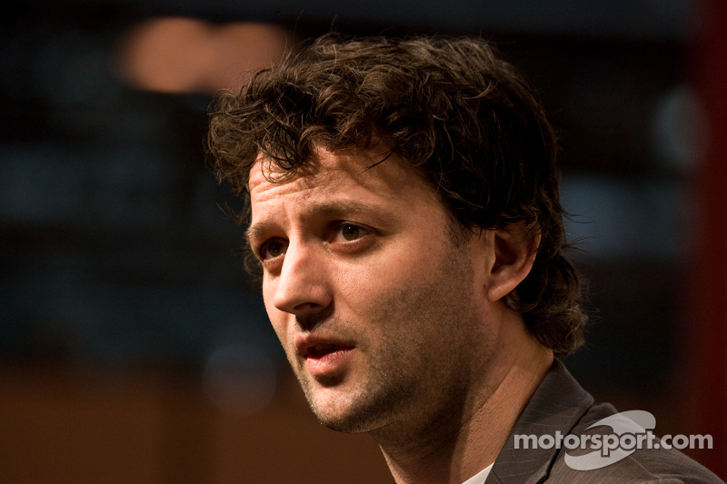 Darren Turner to race new Aston Martin
