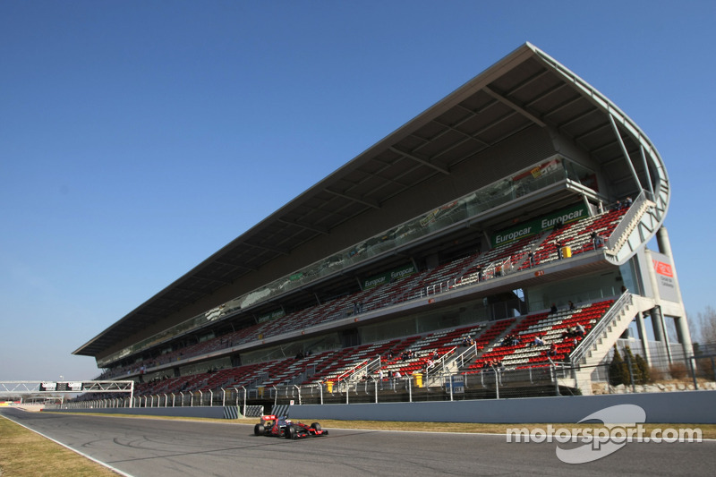 Pirelli expects teams to test tyre strategies in final countdown to the season