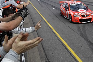Supercars TeamVodafone Adelaide race 1 report