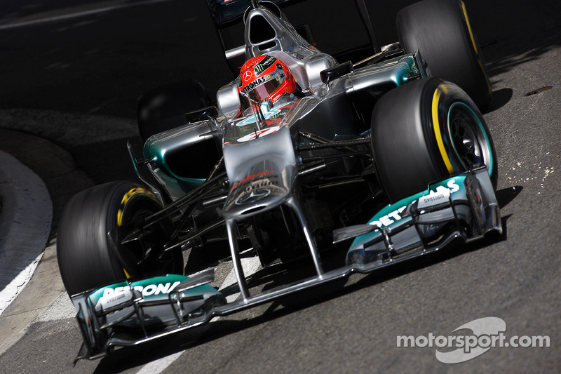 Schumacher must convince Mercedes to 'want him'