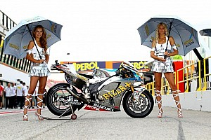MotoGP Special feature Moto GP Grid Girls - video