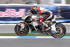 MotoGP Race report Bradl disappointed with sixth in Indianapolis
