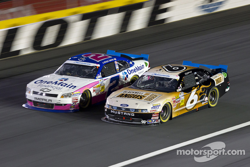 Championship battle heats up between Sadler, Stenhouse