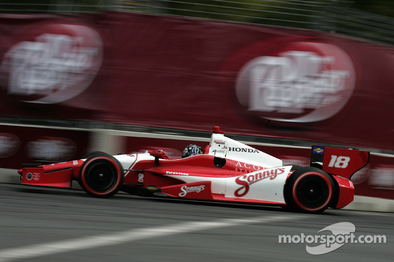 Justin Wilson 17th after chaotic Baltimore race