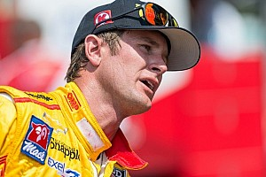 IndyCar Breaking news Ryan Hunter-Reay extends contract with Andretti Autosports before Fontana race