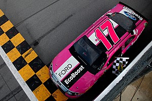 NASCAR Cup Preview Kenseth, Fords take fresh momentum to Charlotte