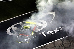 NASCAR Truck Race report Sauter grabs Texas 350 victory in his ThorSport Racing Toyota