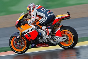 MotoGP Practice report Repsol Honda riders subdued on first day in Valencia