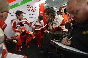 MotoGP Qualifying report Difficult qualifying for Ducati Team at Valencia
