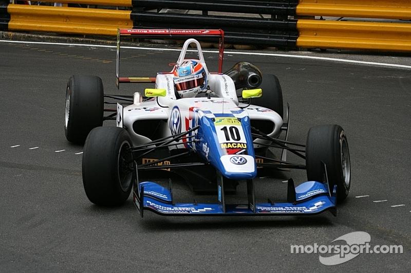 Jack Harvey makes his debut at Macau race