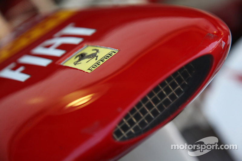 2013 Ferrari to hide 'step' in nose - report
