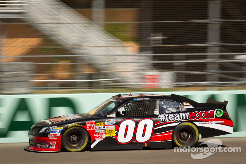 SR2 Motorsports expands to three cars in 2013