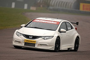 BTCC Testing report Honda teams rack up the miles during Thruxton testing