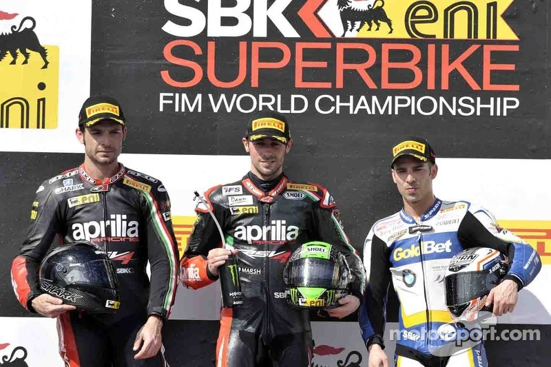 Laverty leads championship after first round in Australia